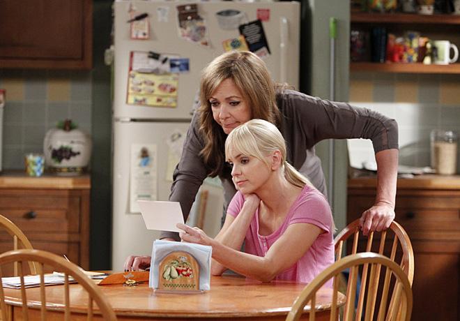 Warner Channel - Mom 1