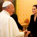 Papa Francisco - Angelina Jolie