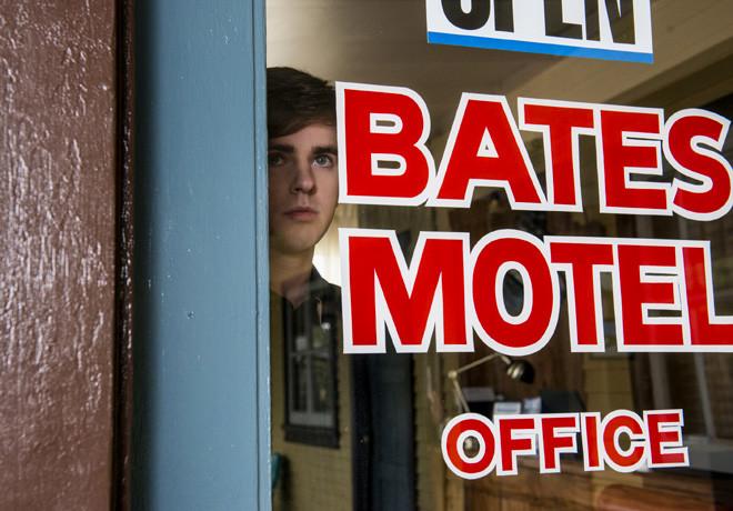 Universal Channel - Bates Motel - Temp 3 1