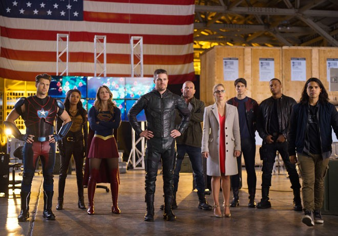 warner-channel-the-cw-arrow-the-flash-legends-of-tomorrow-supergirl