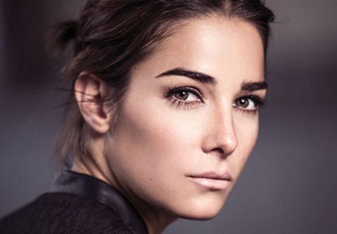 Netflix - Edha - Juana Viale