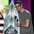 Warner Channel - Teen Choice Awards - Grant Gustin