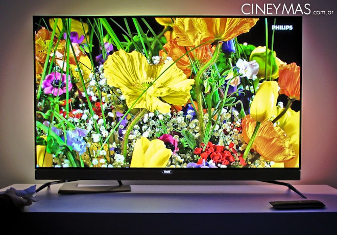 Philips - Smart TV OLED 4K -Ambilight 4