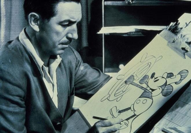 Walt Disney Studios - Disney Channel - Mickey Mouse - Cumpleanos - Walt Disney Dibujando