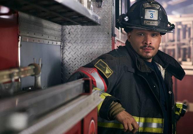 Universal Channel - Chicago Fire - Entrevista - Joe Minoso 1